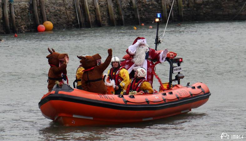 5th December 2015 - Santa vists Looe © Ian Foster / fozimage